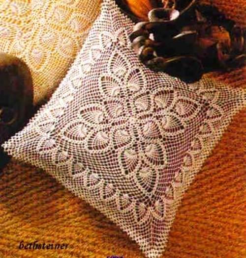 Как связать крючком наволочку на диванную подушку