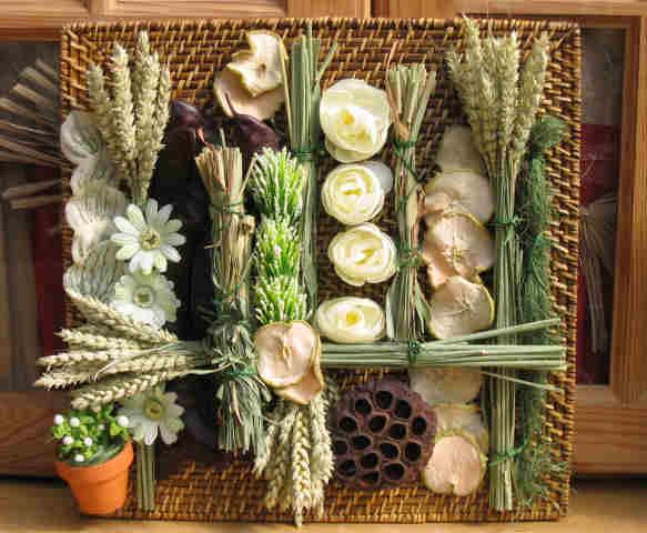 http://img0.liveinternet.ru/images/attach/c/7/98/671/98671782_large_dryflowerswallcollage4.jpg