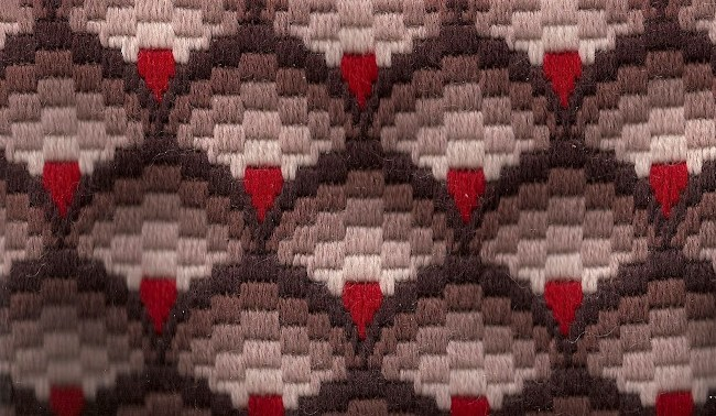 Staggered Patterns 2 (650x378, 101Kb)