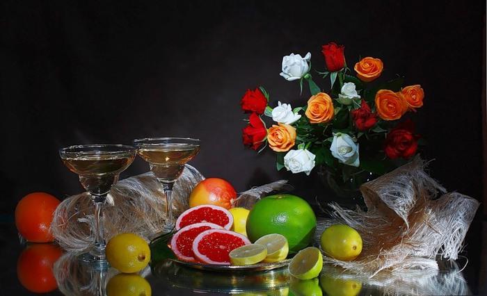 Натюрморты цветочно - фруктовые 51867233_540 (700x426, 80Kb)
