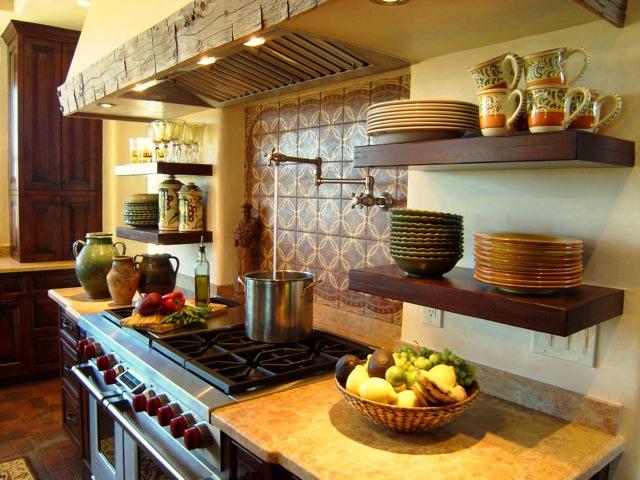 Кухни в испанском стиле Идеи для дизайна интерьера