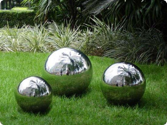 Декоративные шары из цемента для сада. Идеи и мастер-класс (12) (550x412, 44Kb)