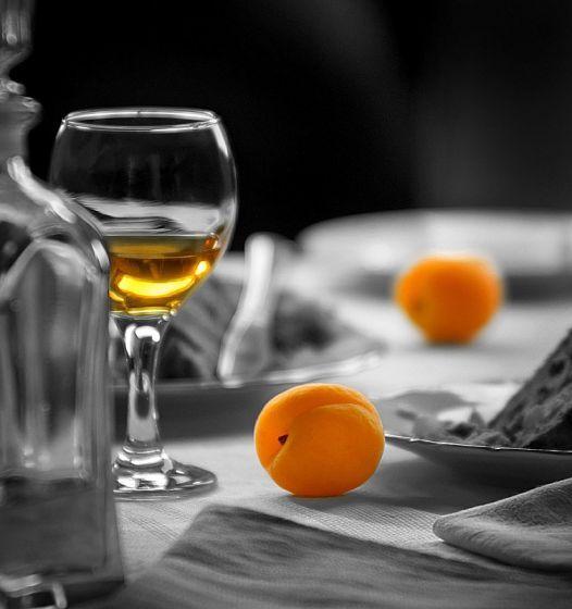 сколько спирта добавить в домашнее вино для прекращения брожения