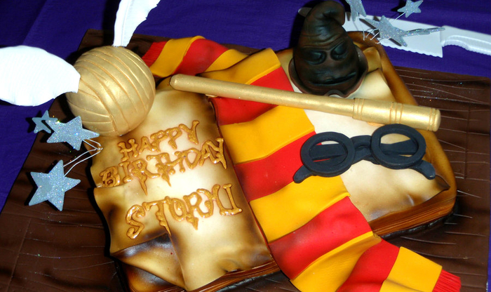 harry_potter_cake_by_fallendisasters-d3im6ft (700x416, 359Kb)