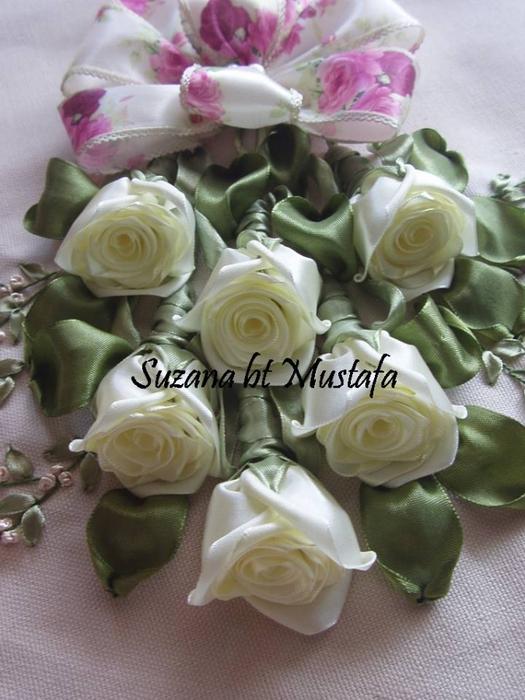 Вышивка лентами шикарные розы 970