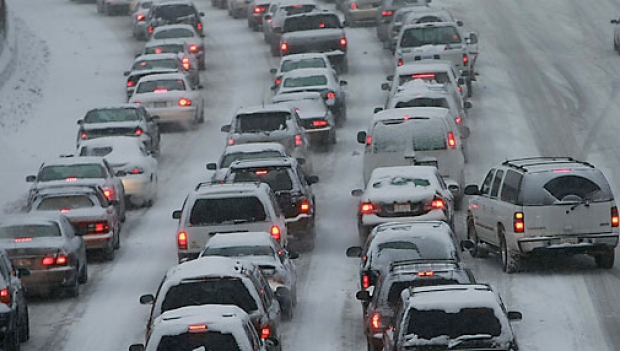 snow_traffic3_01654500 (620x351, 160Kb)