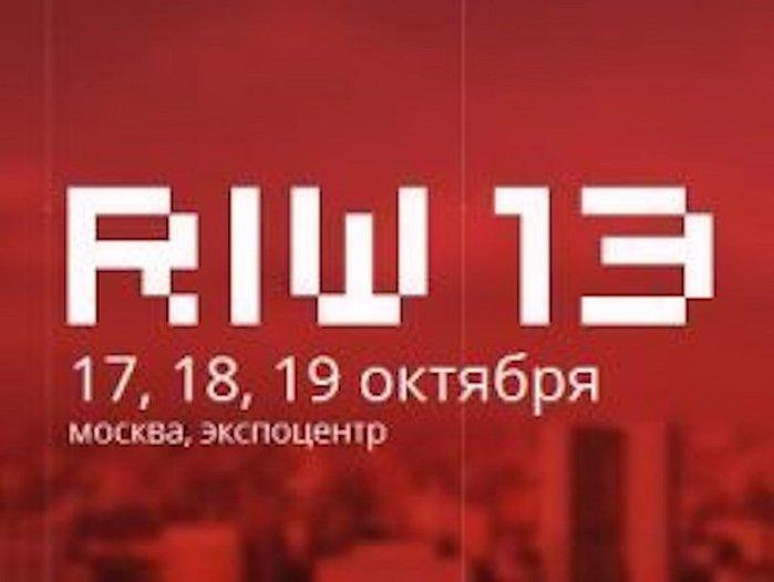 film-dlya-vzroslih-gde-bogachka-zastavlyaet-prislugu-s-ney-sovokuplyatsya-skritaya-kamera-na-medosmotre-u-devushek-porno-video