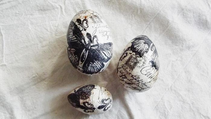 Красивая пасхальная композиция из яиц