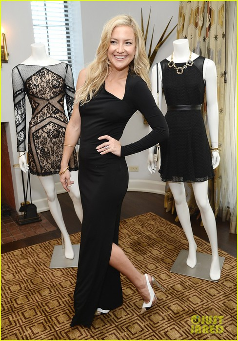 kate-hudson-sleek-chic-for-anne-taylor-little-black-dress-collection-15 (488x700, 117Kb)
