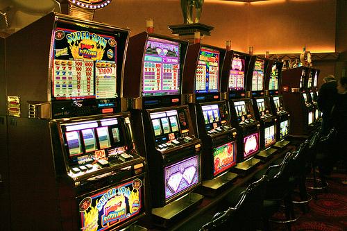 Игровые автоматы casinorussia азартные игровые автоматы играть на деньги