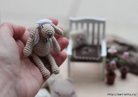 Миниатюрные игрушки амигуруми от FancyKnittles (18) (570x404, 86Kb)