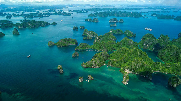 ha-long-bay-vietnam-1 (700x392, 115Kb)