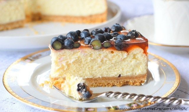cheesecake-with-berries-and-jelly-40 (640x381, 138Kb)