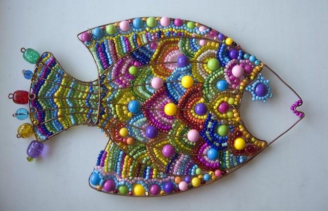 рыба из бисера и проволоки