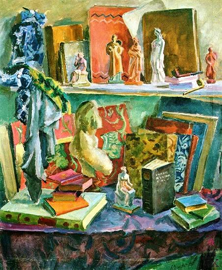 Любимые книги и танагра. 1947. (452x550, 319Kb)
