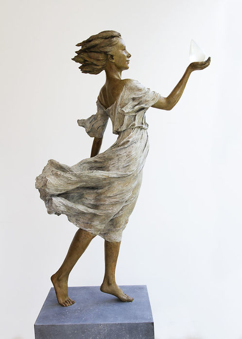 realistic-female-sculptures-luo-li-rong-15-59c8a3ec8c3c1__700 (698x900, 38Kb)