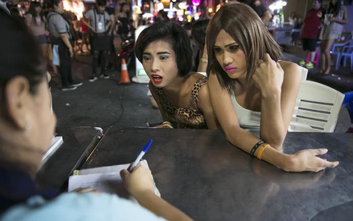 Как в тайской тюрьме сидят люди третьего пола