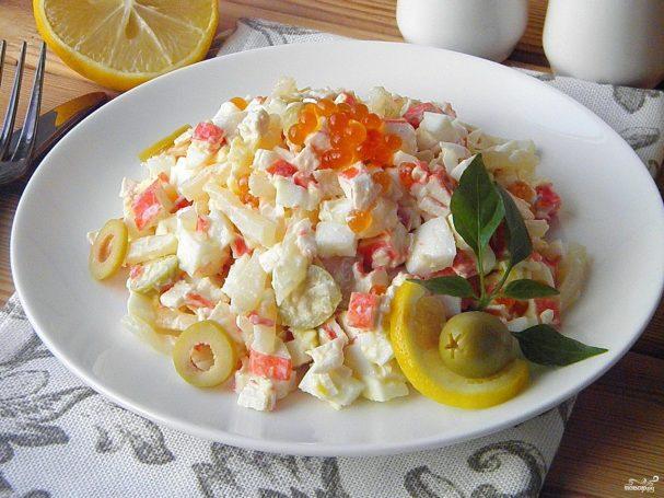 салат с кальмарами на новый год