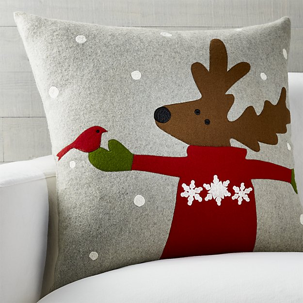 donner-reindeer-pillow (625x625, 252Kb)