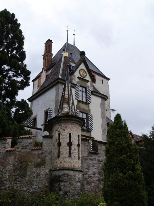 Castillo-Oberhofen-in-Switzerland-750x1000 (525x700, 92Kb)