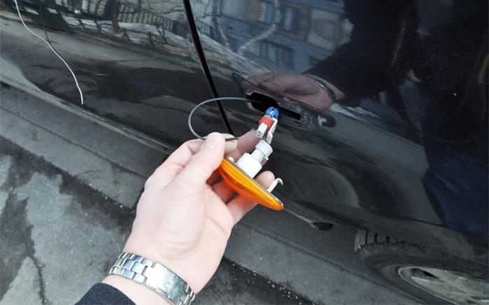 141654148 041618 2052 5 Как попасть в свою машину без ключей: 5 действенных советов