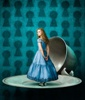 Alice-in-Wonderland-Stills-013 (85x100, 5Kb)