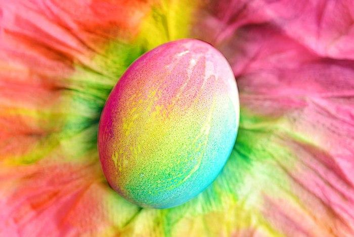 покраска яиц 1 (700x470, 282Kb)