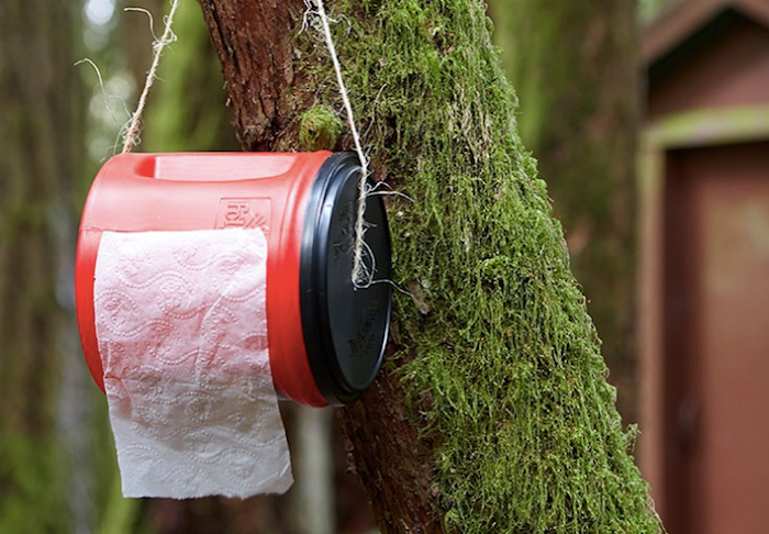 142116408 052018 0916 11 Зачем пионервожатые носили с собой вазелин на вате, а туристы прячут туалетную бумагу
