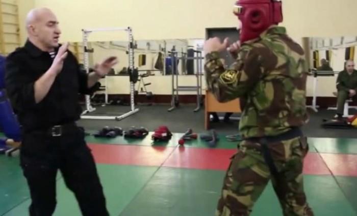 Как справиться с каратистом или боксером на улице   видео