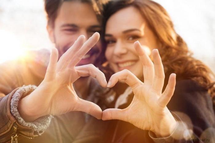10 фраз, которые укрепляют отношения и семью