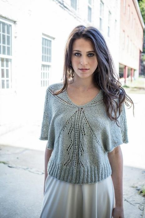 Пуловер свободного силуэта без швов от Berroco