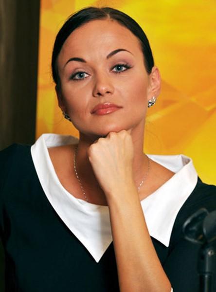 143225810 080618 0749 4 Как сегодня выглядят актрисы главных сериалов 2000 х годов