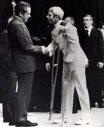 Nixon_McCain (409x500, 43Kb)