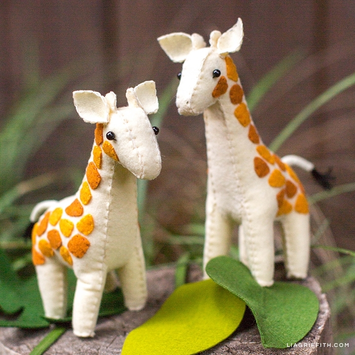 Felt_Giraffe_Stuffies_2 (700x700, 374Kb)