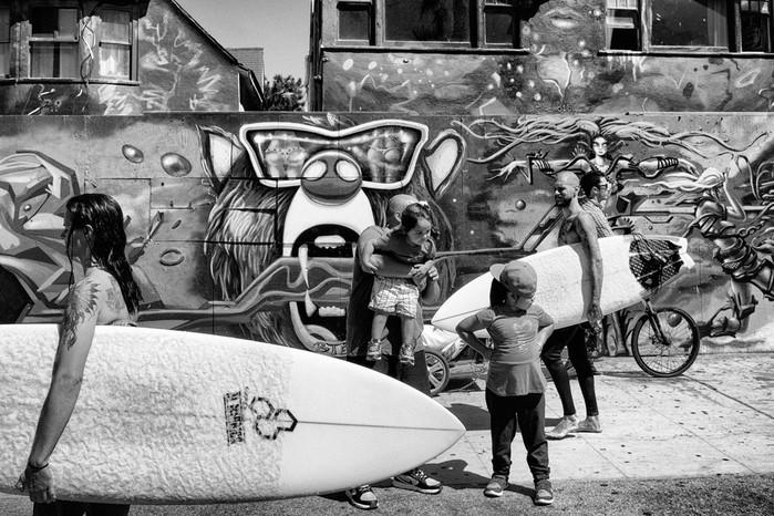 143707368 091418 1040 7 В Лос Анджелесе есть «Венеция»: фотографии безудержного веселья