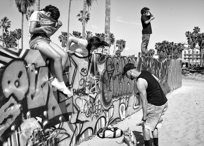 143707426 091418 1040 62 В Лос Анджелесе есть «Венеция»: фотографии безудержного веселья