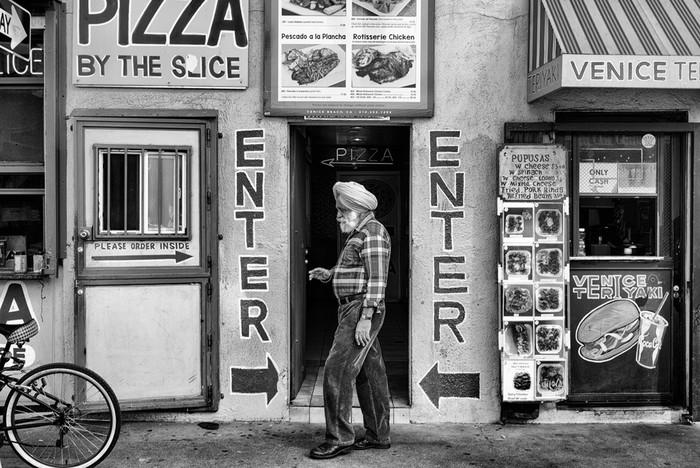 143707432 091418 1040 68 В Лос Анджелесе есть «Венеция»: фотографии безудержного веселья