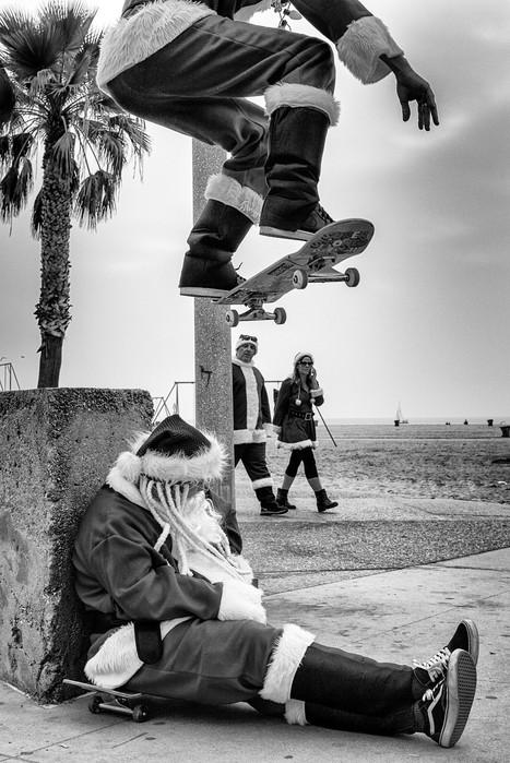 143707438 091418 1040 74 В Лос Анджелесе есть «Венеция»: фотографии безудержного веселья