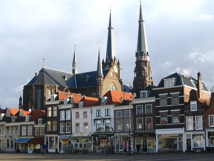 43_Delft_Netherlands_1_church (700x525, 75Kb)