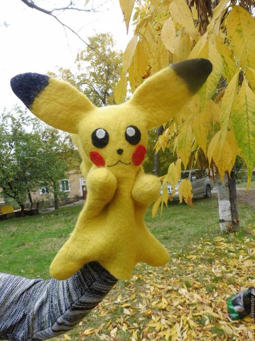 55974a990c817ab485d1fc2c09zt--kukly-i-igrushki-igrushka-pokemon-pikachu-igrushka-bibabo-bib (524x700, 462Kb)