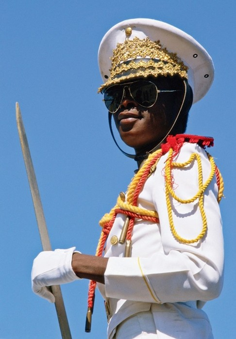 134413848 031517 1427 uniform7 Необычная военная форма разных стран