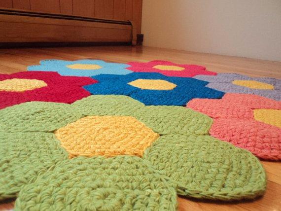 Crochet-Flower-Rug-Nursery-Rug-Land-Of-Nod (570x428, 214Kb)