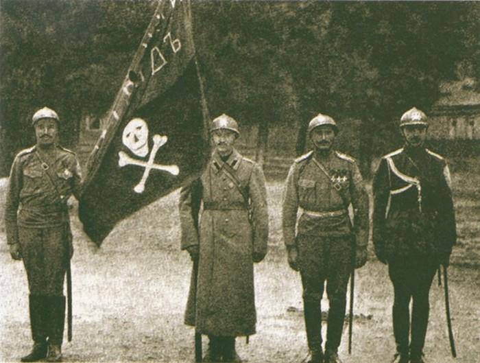 Генерал Корнилов: почему его боготворили в войсках