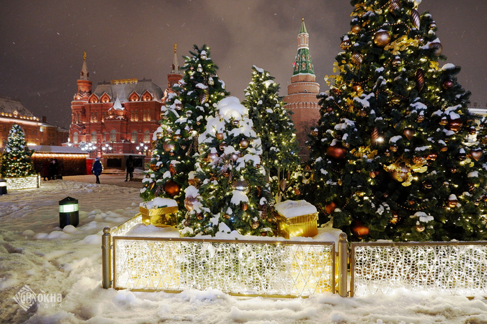 new-year-moscow-1 (700x466, 516Kb)
