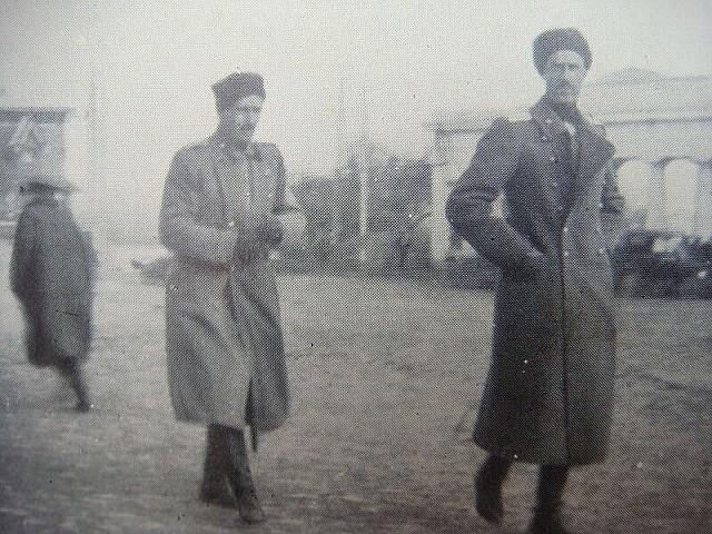 Петр Николаевич Врангель, главнокомандующий Русской Армии у Графской пристани (640x480, 282Kb)