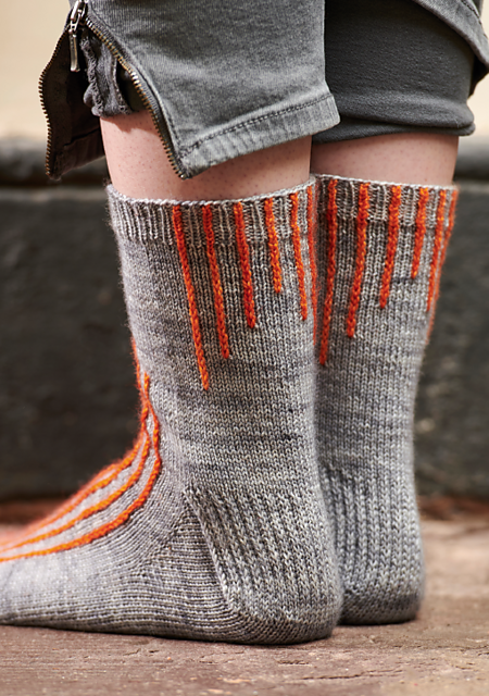 fiona-alice-socks-the-knitter-133-back_medium2 (450x640, 637Kb)