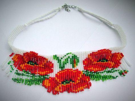 Колье «Маки». Кирпичное плетение из бисера