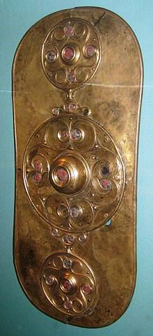 220px-British_Museum_Battersea_Shield (220x481, 28Kb)