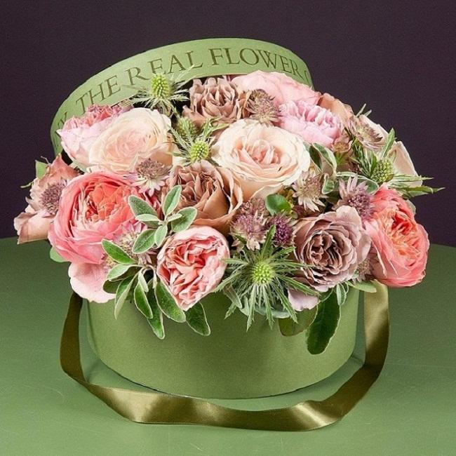 интересно, гифки с днем рождения розы в коробке баранины