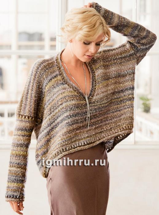 Укороченный пуловер оверсайз с V-образным вырезом. Вязание спицами